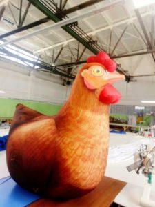 надувная курица