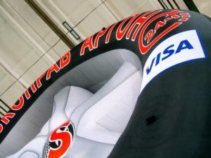 Надувная фигура Колесо на опоре для рекламы, фрагмент фигуры