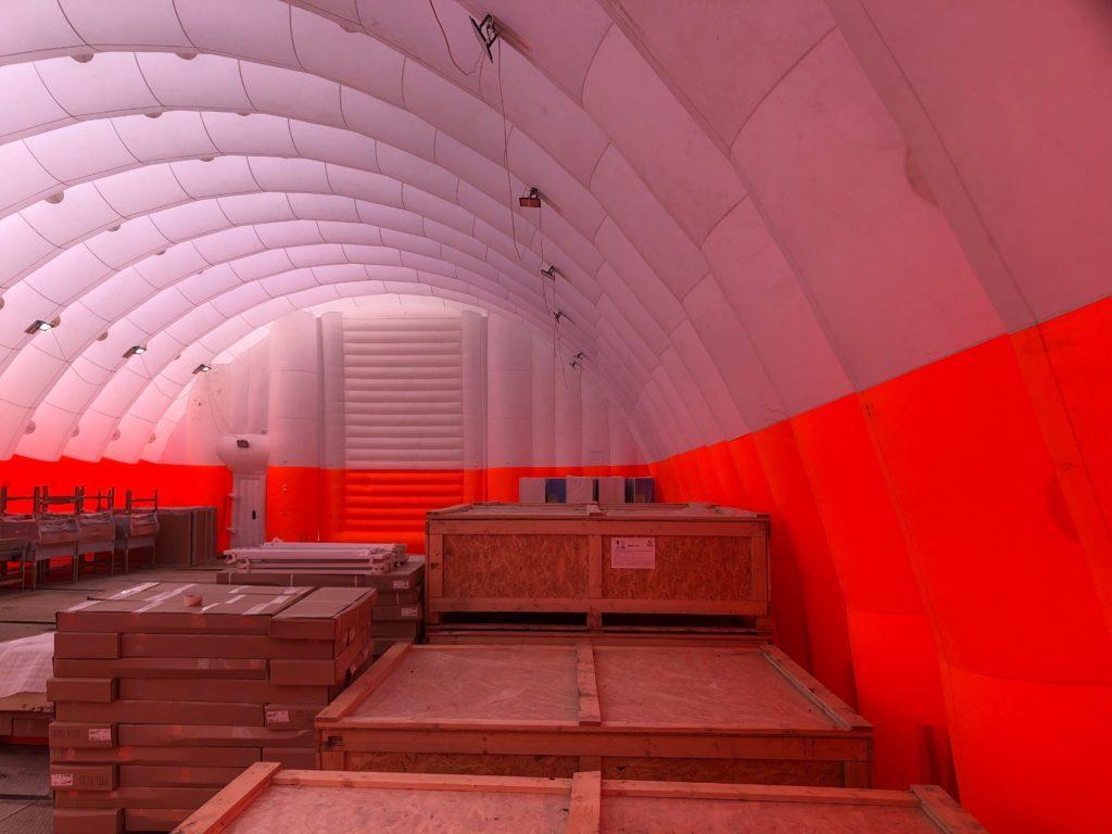 Пневмокаркасный склад, Надувной ангар на стройплощадке, коронавирус, COVID19