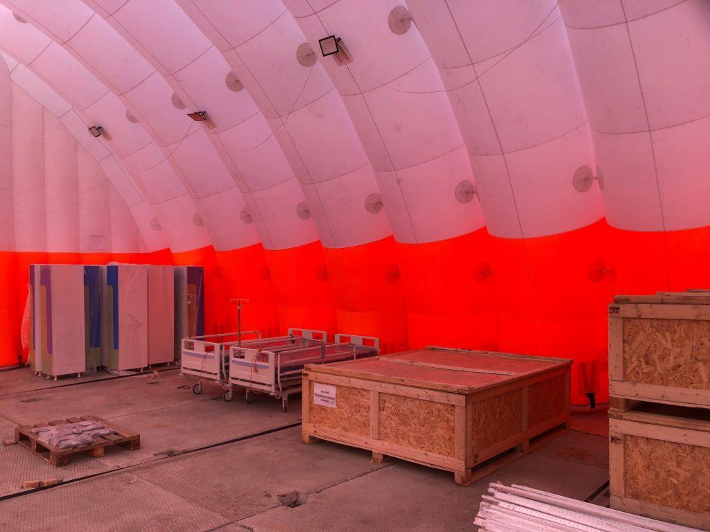 Пневмокаркасный склад, Надувной ангар на стройплощадке, инфекционная больница в новой москве, коронавирус, COVID19