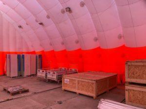 Надувной склад для медицинского оборудования