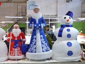 надувные новогодние декорации
