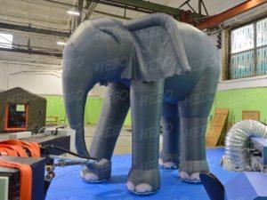 театральные декорации надувной слон