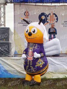 Надувной костюм Пчела
