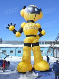 надувной гигантский робот