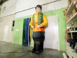Надувная фигура на Сабантуй мужчина в татарском костюме