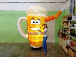 Надувная копия кружка с пивом зазывала
