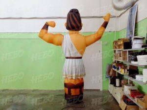 Надувной грек с машущей рукой пневмофигура