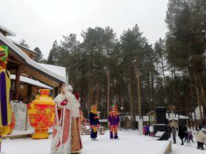 Надувной самовар Хохлома и Дед мороз